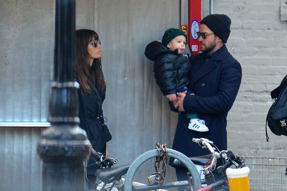 EXCLUSIVE: Jessica Biel and Justin Timberlake Hit the Sales Arm in Arm in New York City